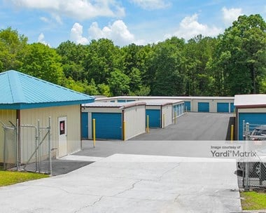 Storage Units for Rent available at 704 GA-247, Bonaire, GA 31005 Photo Gallery 1