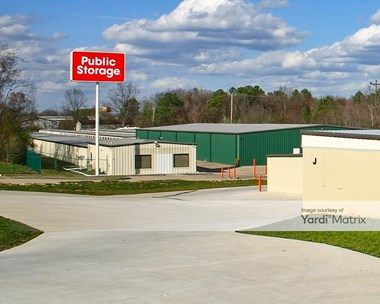 Storage Units for Rent available at 6497 East Brainerd Road, Chattanooga, TN 37421 Photo Gallery 1