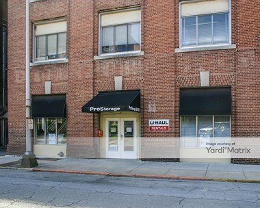 Storage Units for Rent available at 1010 Georgia Avenue, Chattanooga, TN 37406 Photo Gallery 1