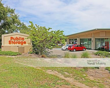 Storage Units for Rent available at 69 Mathews Drive, Hilton Head Island, SC 29926 Photo Gallery 1