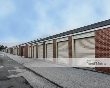 Storage Units for Rent available at 826 East Tillman Road, Fort Wayne, IN 46816 Photo Gallery 1