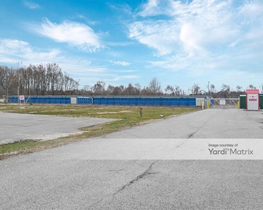 Storage Units for Rent available at 11590 Mckinley Hwy, Osceola, IN 46561 Photo Gallery 1