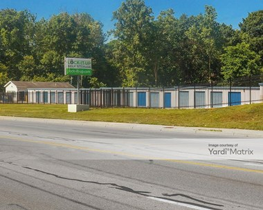 Storage Units for Rent available at 1046 South Byrne Road, Toledo, OH 43614 Photo Gallery 1