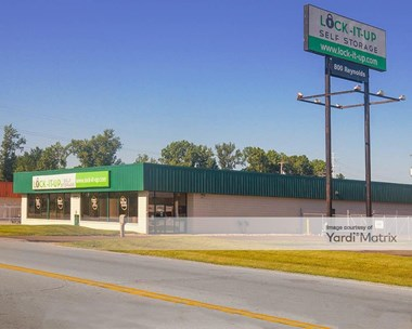 Storage Units for Rent available at 802 South Reynolds Road, Toledo, OH 43614 Photo Gallery 1