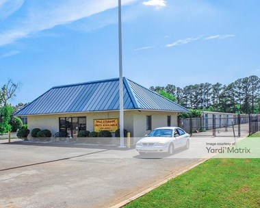 Storage Units for Rent available at 7620 Memorial Pkwy SW, Huntsville, AL 35802 Photo Gallery 1
