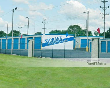 Storage Units for Rent available at 5800 East Main Street, Avon, IN 46123 Photo Gallery 1