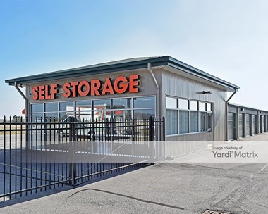 Storage Units for Rent available at 2537 East Main Street, Greenwood, IN 46143 Photo Gallery 1