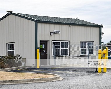 Storage Units for Rent available at 11440 Blankenbaker Access Drive, Louisville, KY 40299 Photo Gallery 1