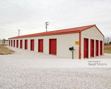 Storage Units for Rent available at 2046 Lincoln Farm Road, Hodgenville, KY 42748 Photo Gallery 1