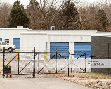 Storage Units for Rent available at 9301 Storage Way, Louisville, KY 40291 Photo Gallery 1