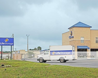 Storage Units for Rent available at 9113 West Highway 98, Pensacola, FL 32506 Photo Gallery 1