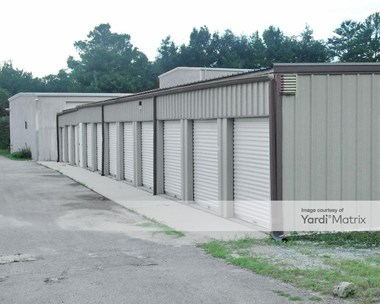 Storage Units for Rent available at 900 Valastics Avenue, Valparaiso, FL 32580 Photo Gallery 1