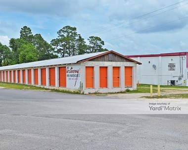 Storage Units for Rent available at 6588 Caroline Street, Milton, FL 32570 Photo Gallery 1