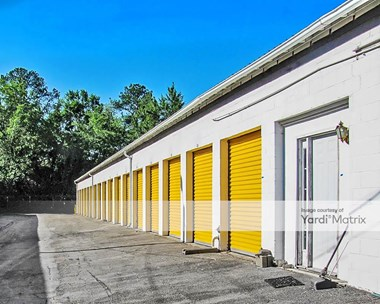 Storage Units for Rent available at 5410 Hawkinsville Road, Macon, GA 31216 Photo Gallery 1
