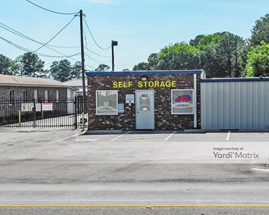 Storage Units for Rent available at 953 Carl Vinson Pkwy, Centerville, GA 31028 Photo Gallery 1