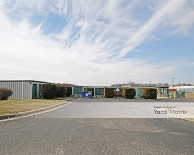 Storage Units for Rent available at 1794 Fields Blvd, Greenfield, IN 46140 Photo Gallery 1