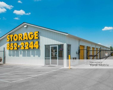 Storage Units for Rent available at 800 East Main Street, Brownsburg, IN 46112 Photo Gallery 1