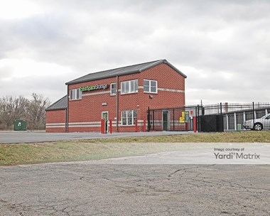 Storage Units for Rent available at 4410 Allisonville Road, Indianapolis, IN 46205 Photo Gallery 1