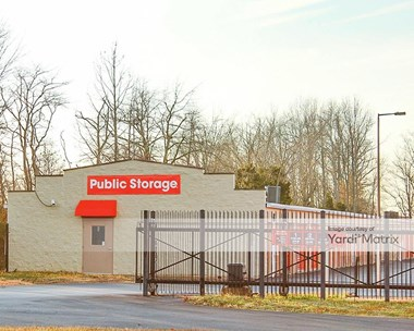 Storage Units for Rent available at 7902 Beulah Church Road, Louisville, KY 40228 Photo Gallery 1