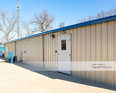 Storage Units for Rent available at 924 North Dixie Blvd, Radcliff, KY 40160 Photo Gallery 1