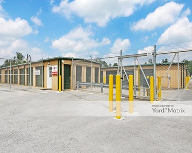Storage Units for Rent available at 428 Main Street, La Grange, KY 40031 Photo Gallery 1