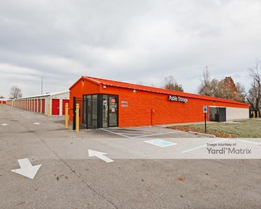 Storage Units for Rent available at 1012 Applegate Lane, Clarksville, IN 47129 Photo Gallery 1