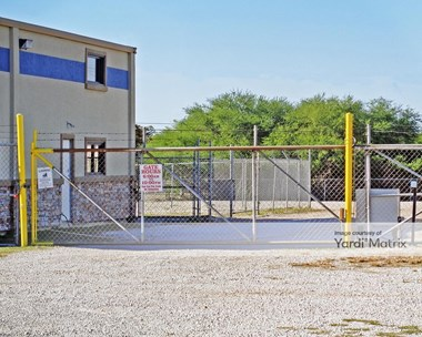 Storage Units for Rent available at 625 South Graham Road, College Station, TX 77845 Photo Gallery 1