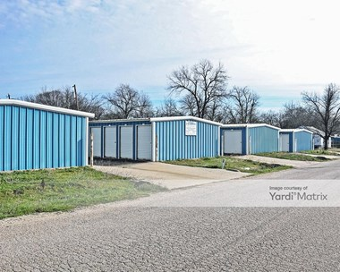 Storage Units for Rent available at 215 South Bois D'Arc Street, Hillsboro, TX 76645 Photo Gallery 1