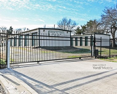 Storage Units for Rent available at 2631 West 7th Avenue, Corsicana, TX 75110 Photo Gallery 1