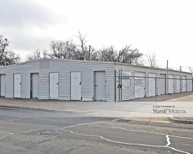 Storage Units for Rent available at 2424 Cole Avenue, Waco, TX 76707 Photo Gallery 1