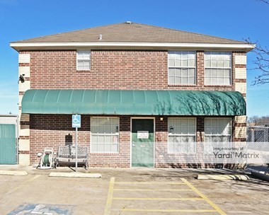 Storage Units for Rent available at 501 Hewitt Drive, Waco, TX 76712 Photo Gallery 1