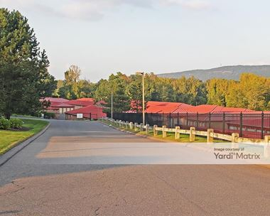 Storage Units for Rent available at 190 Old Farms Road, Avon, CT 06001 Photo Gallery 1