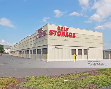 Storage Units for Rent available at 580 New Park Avenue, West Hartford, CT 06110 Photo Gallery 1