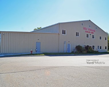 Storage Units for Rent available at 12 Douglas Lane, Waterford, CT 06385 Photo Gallery 1