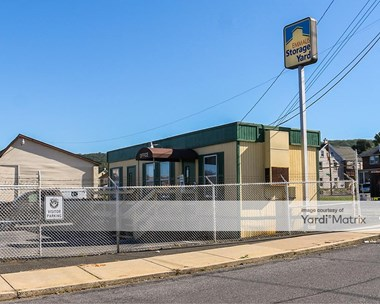 Storage Units for Rent available at 23 South 6Th Street, Emmaus, PA 18049 Photo Gallery 1