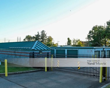 Storage Units for Rent available at 6749 Ruppsville Road, Allentown, PA 18106 Photo Gallery 1