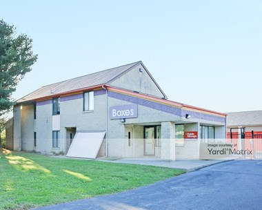 Storage Units for Rent available at 2977 Macarthur Road, Whitehall, PA 18052 Photo Gallery 1