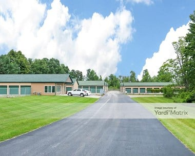 Storage Units for Rent available at 104 Plum Creek Road, Lapeer, MI 48446 Photo Gallery 1