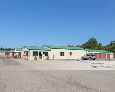 Storage Units for Rent available at 8085 Old US 23, Fenton, MI 48430 Photo Gallery 1