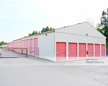 Storage Units for Rent available at 3529 Wayland Drive, Jackson, MI 49202 Photo Gallery 1