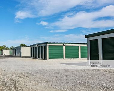 Storage Units for Rent available at 7043 Corunna Road, Swartz Creek, MI 48473 Photo Gallery 1