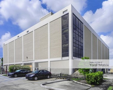 Storage Units for Rent available at 4545 Veterans Blvd, Metairie, LA 70006 Photo Gallery 1