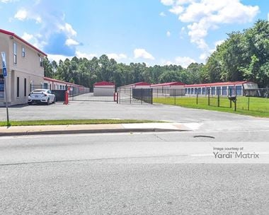 Storage Units for Rent available at 746 EG Miles Pkwy, Hinesville, GA 31313 Photo Gallery 1
