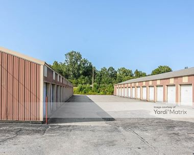 Storage Units for Rent available at 17911 Turners Drive, South Bend, IN 46635 Photo Gallery 1