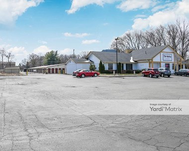 Storage Units for Rent available at 22858 Lincoln Way West, South Bend, IN 46628 Photo Gallery 1