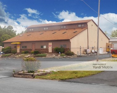 Storage Units for Rent available at 8534 West Central Avenue, Sylvania, OH 43560 Photo Gallery 1