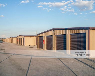 Storage Units for Rent available at 8232 Fremont Pike, Perrysburg, OH 43551 Photo Gallery 1