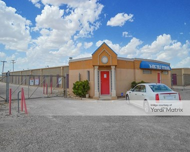 Storage Units for Rent available at 3822 North Loop 289, Lubbock, TX 79415 Photo Gallery 1