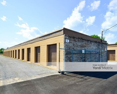 Storage Units for Rent available at 912 Highland Avenue, Albertville, AL 35951 Photo Gallery 1