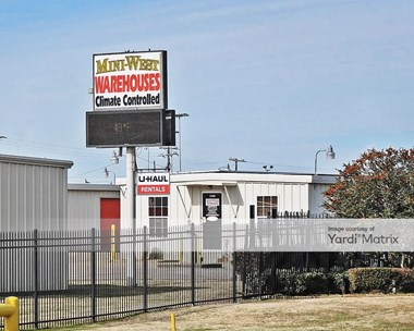 Storage Units for Rent available at 1400 North 45Th Street, Corsicana, TX 75110 Photo Gallery 1